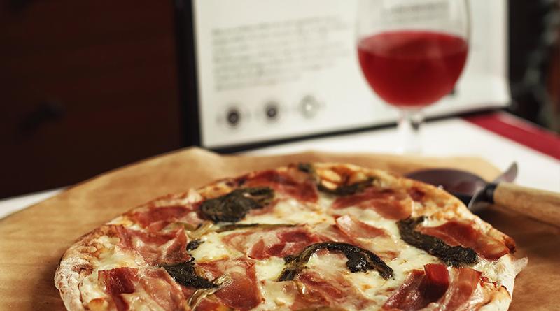 Planes para disfrutar del otoño en casa con una pizza Mamamasa